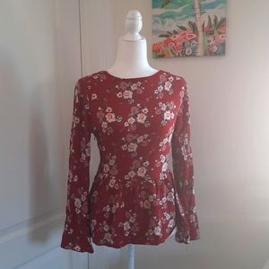 American Eagle Outfitters Peep Back Floral Blouse